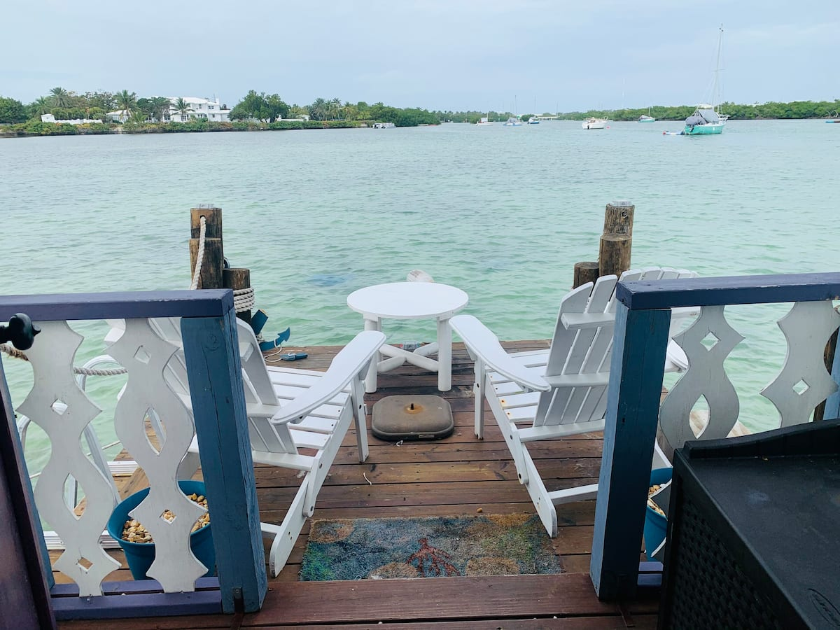Floating House in Key Island Deck pic